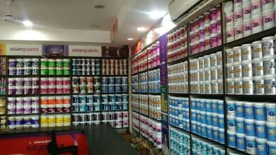 Duties and Responsibilities of Paint Distributors in Ensuring Client Satisfaction